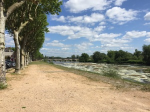 The Loire heads off